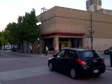 #H24 Gala - Outside Entrance