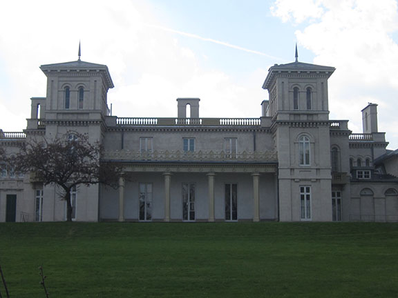 Dundurn Castle, Hamilton (Ont).  Photo by Urban Landscape Artist, Chris Erskine