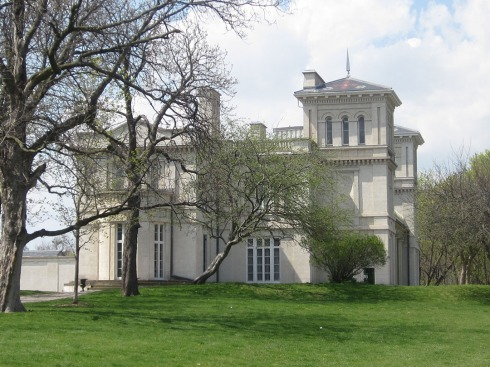 Dundurn Castle, Hamilton (Ont). Photo by @erskinec