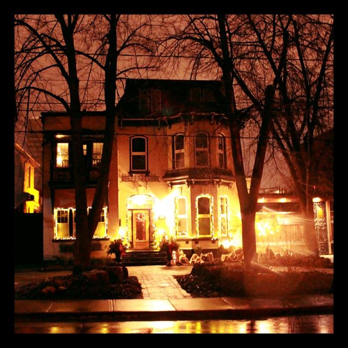 Bold Street, Hamilton (Ont). Photo by @erskinec