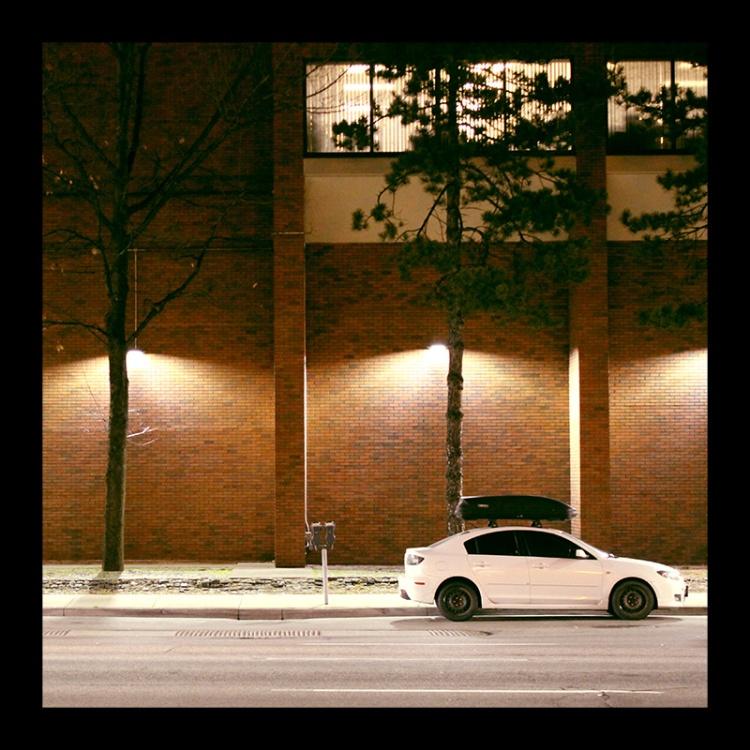 Hamilton Place, Hamilton (Ont). Photo by @erskinec