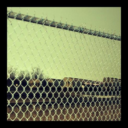 Rail Yard, Hamilton (Ont). Photo by @erskinec