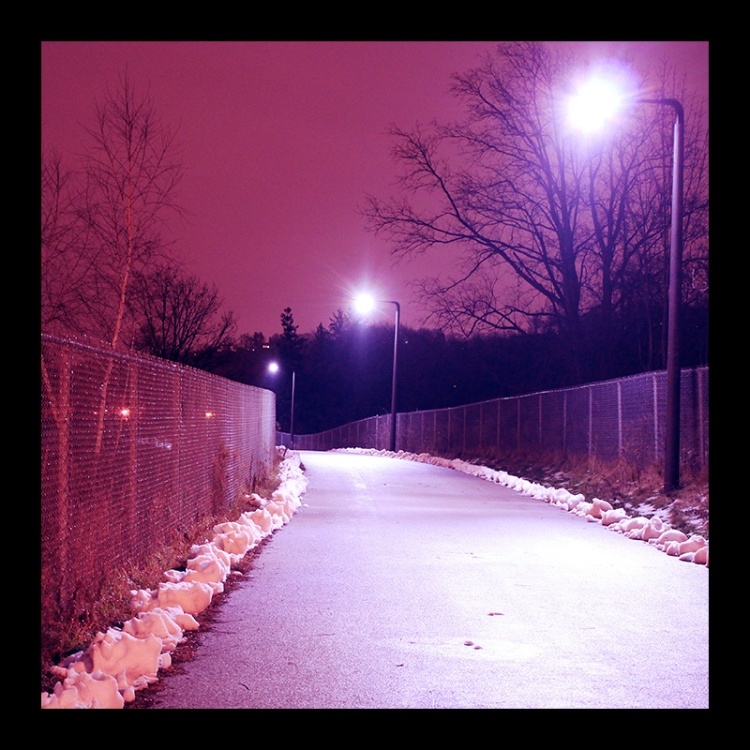 Rail Trail, Hamilton (Ont). Photo by @erskinec