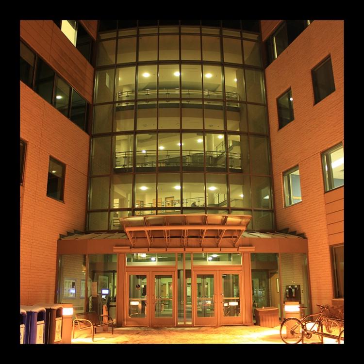 IAHS Building, Hamilton (Ont). Photo @erskinec