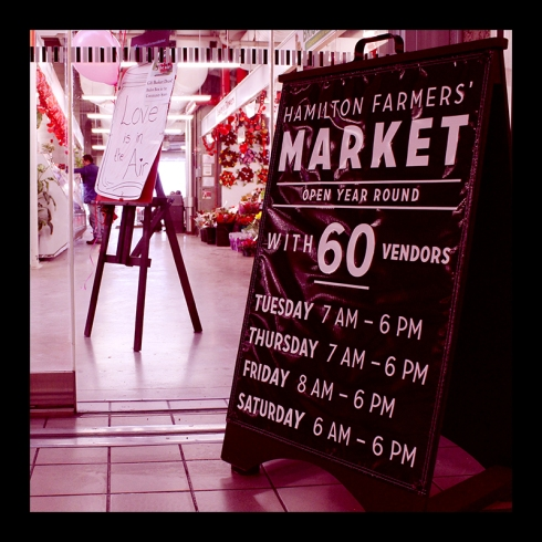 Market Sign, Hamilton (Ont). Photo by @erskinec