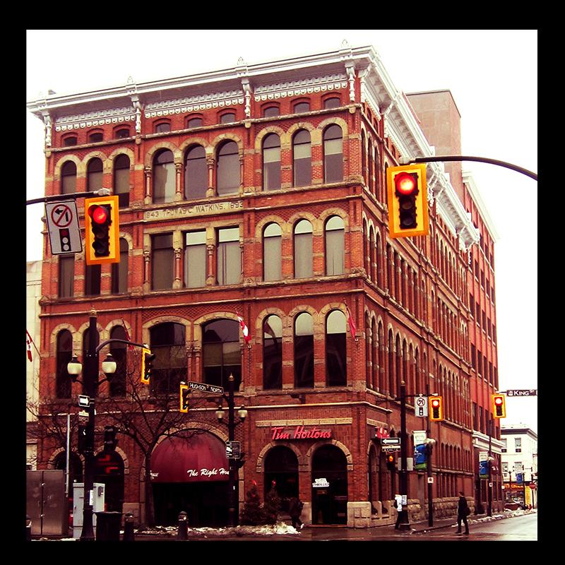 The Watkins Building, Hamilton (Ont). Photo by urban landscape artist @erskinec