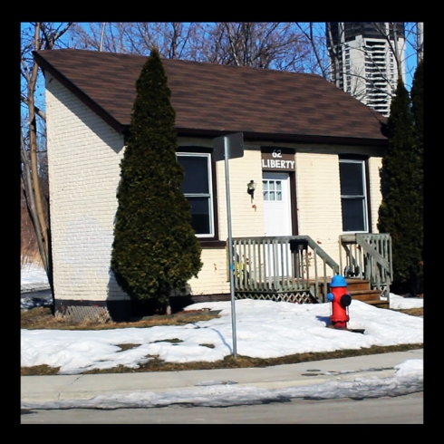 Irish Laborer's 19th Homes, 62 Liberty Street, Hamilton (Ont). Photo by @erskinec
