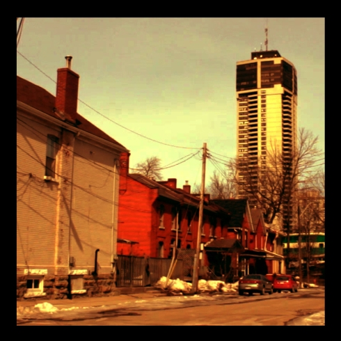 Corktown, Hamilton (Ont). Photo by @erskinec